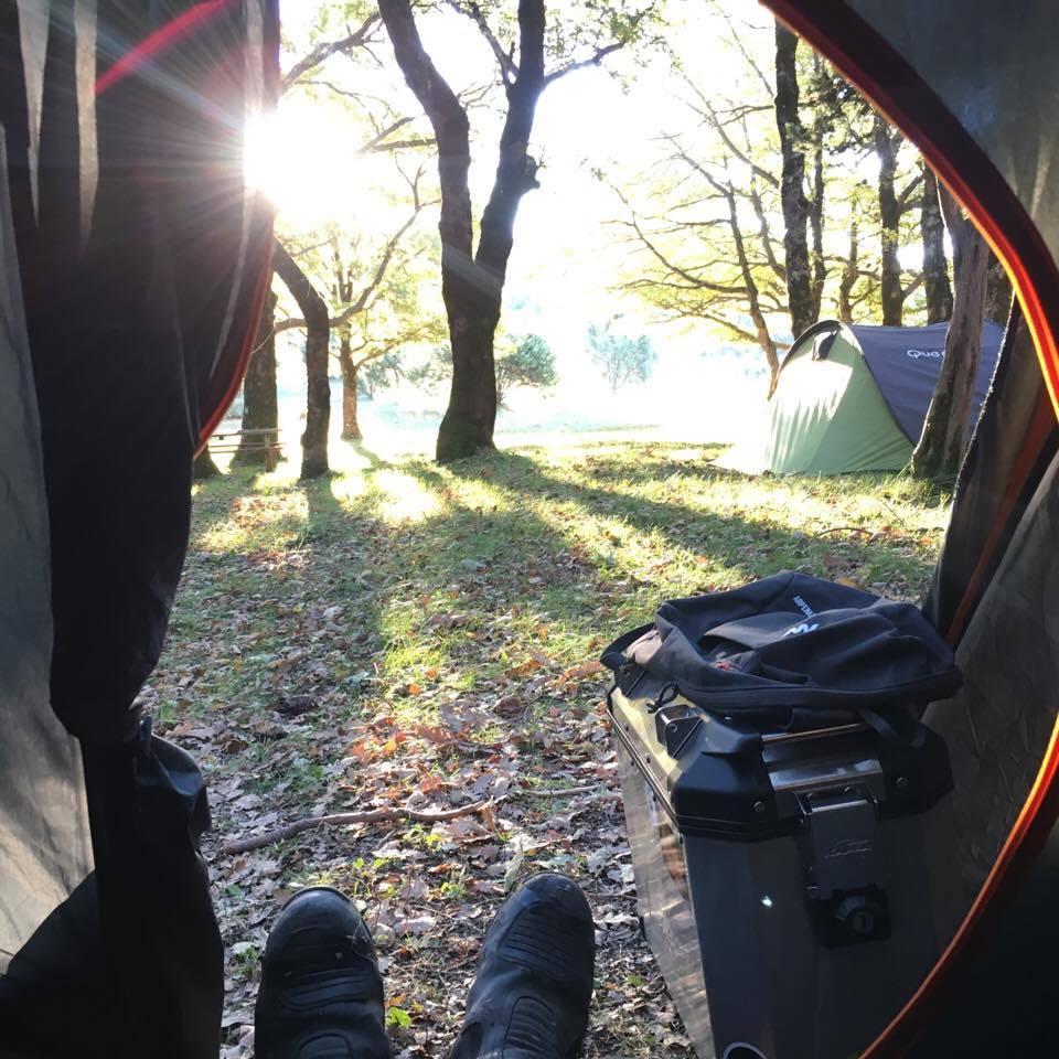 Monti Martani il risveglio in tenda
