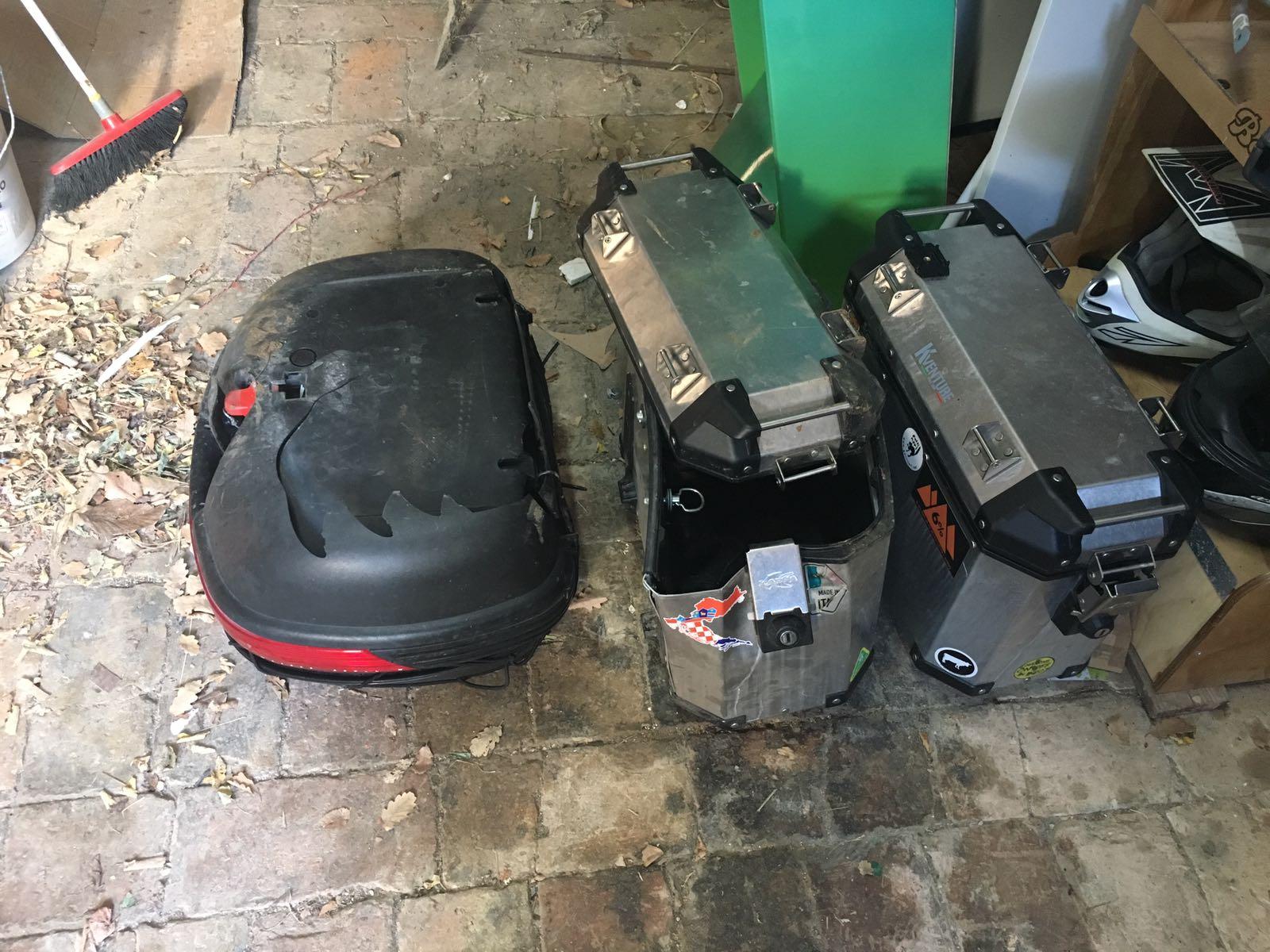 topcase e borse laterali rotte