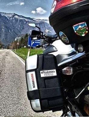 PocaAderenza Stickers motociclistico
